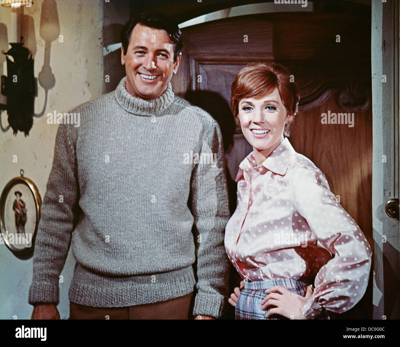 1970s 1970 MUSICAL WWI SPY FILM DARLING LILI ROCK HUDSON JULIE ANDREWS LOOKING AT CAMERA - Stock Image