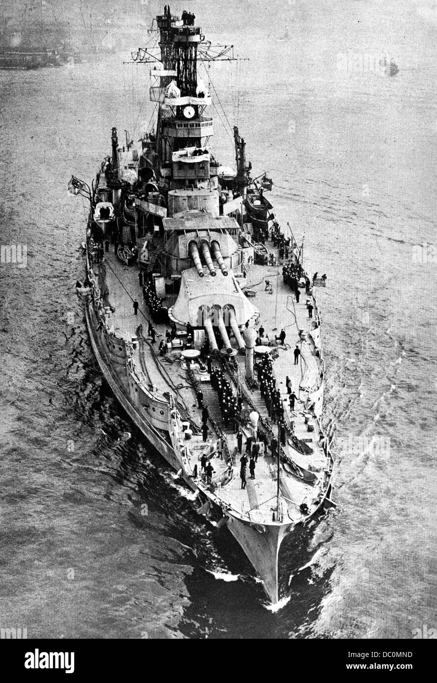 1900s 1918 FORMIDABLE DREADNOUGHT OF USA NAVY THE USS PENNSYLVANIA FLAGSHIP ATLANTIC FLEET WWI AND PACIFIC WWII - Stock Image