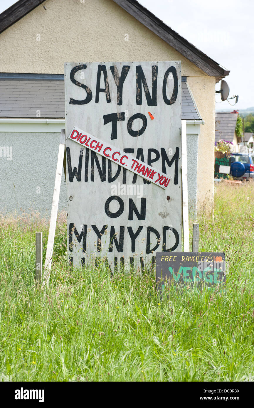 A sign protesting against windfarms in Carmarthenshire, Wales - Stock Image
