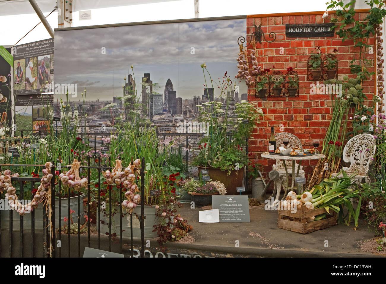 Garden Display Hampton Court Flower Stock Photos & Garden Display ...