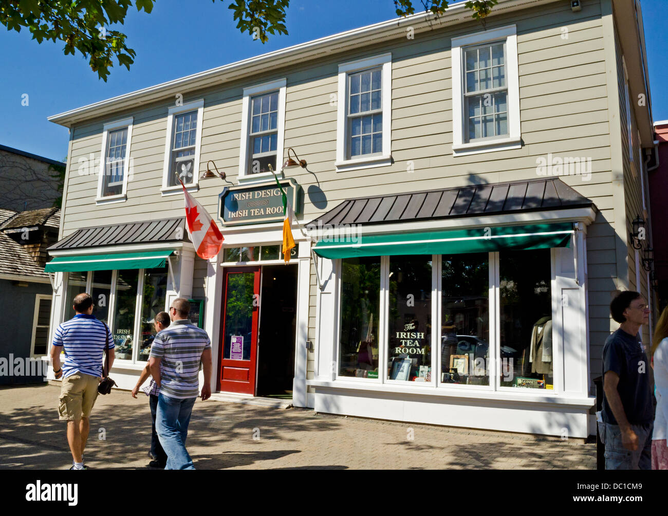Exterior building shot of the Irish Tea Room in historic Niagara-On-The-Lake, ON, Canada. - Stock Image