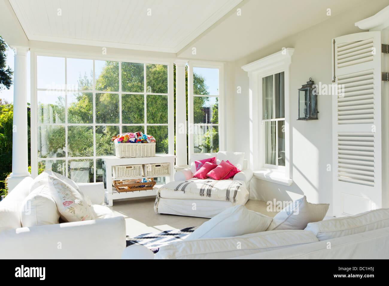 Luxury sun porch - Stock Image