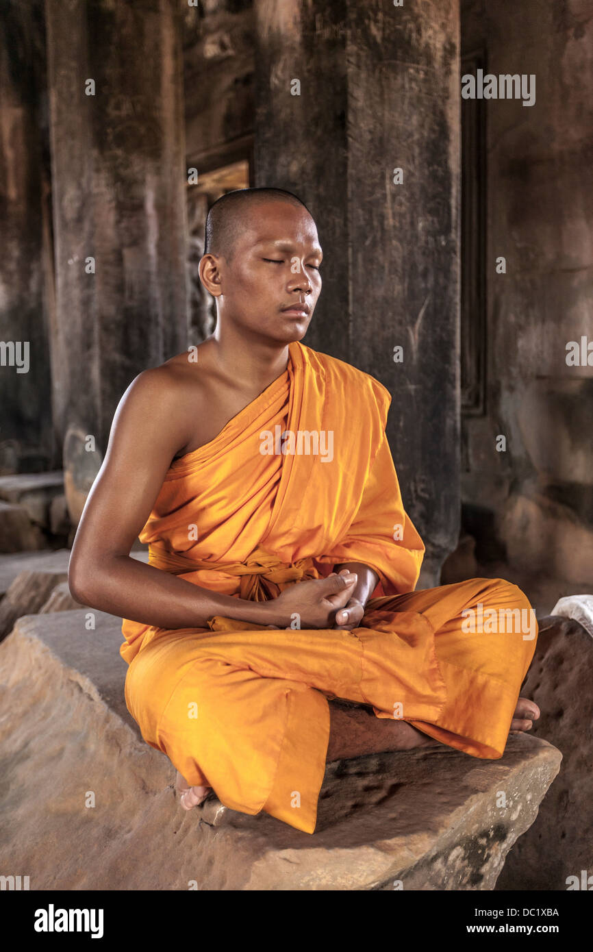 Monk in a Minivan: I Meditated My Way From Panic to Peace Monk in a Minivan: I Meditated My Way From Panic to Peace new foto