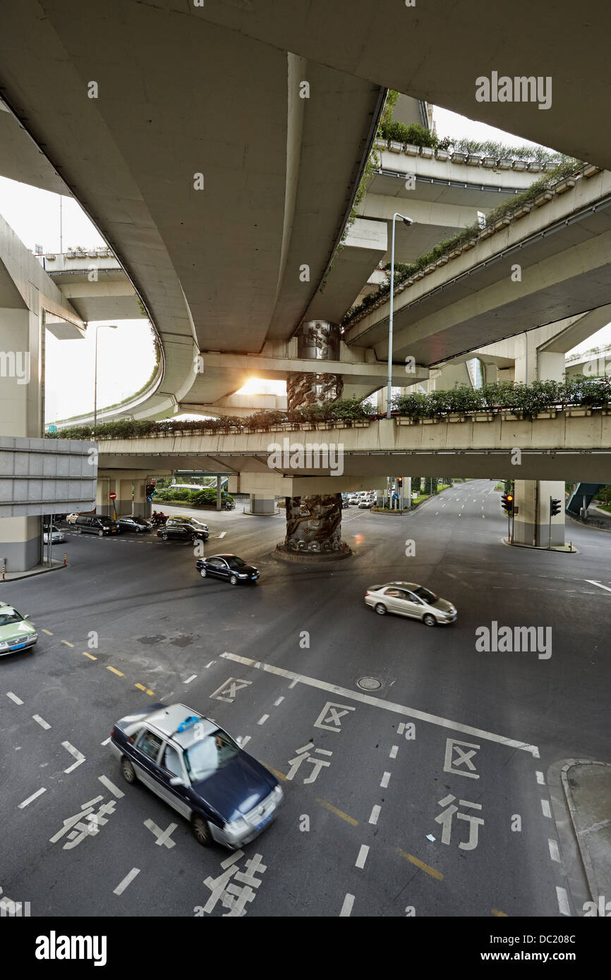 High angle view of traffic on road, Shanghai, China - Stock Image