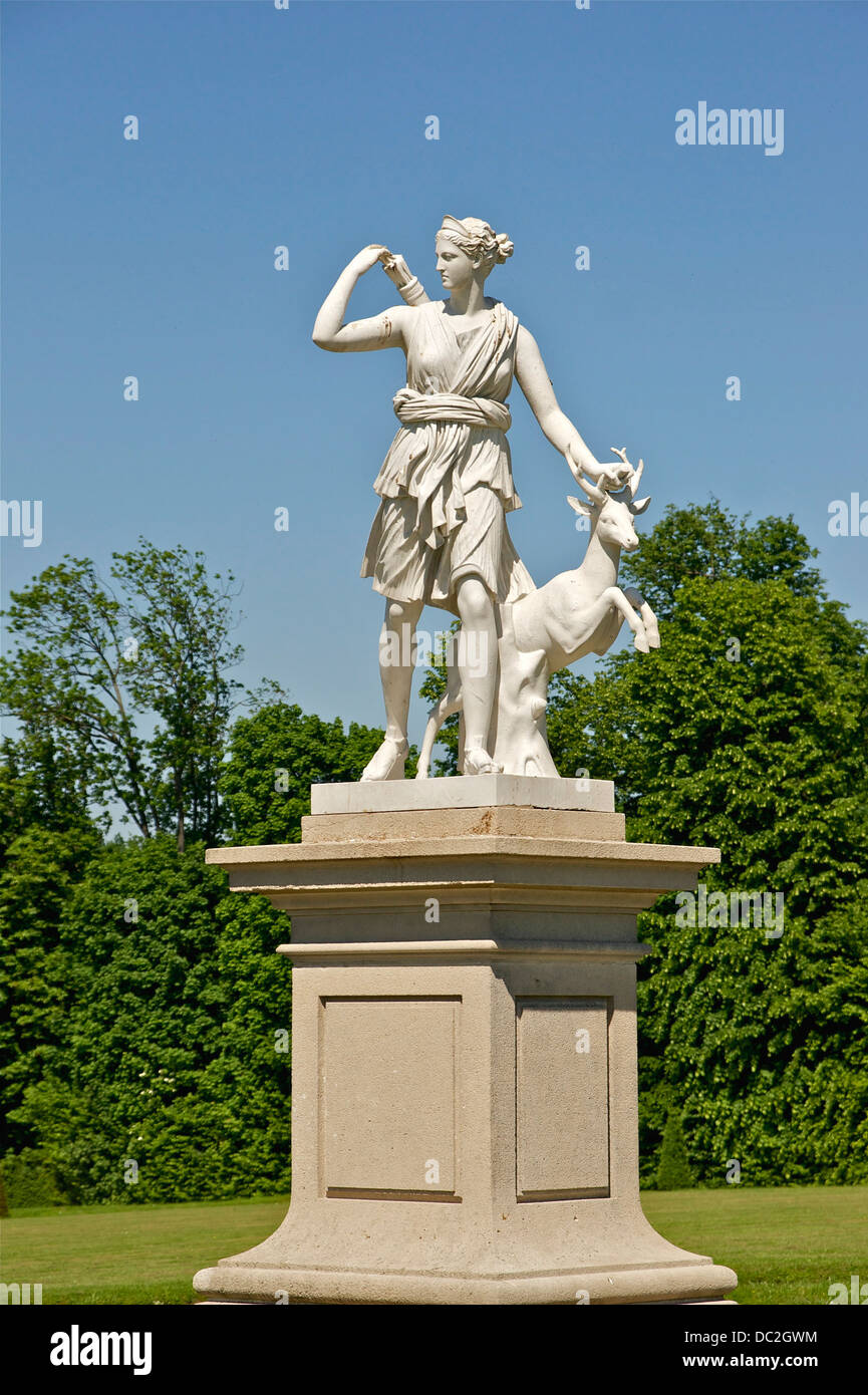 One of the numerous copies of the Diana of Versailles, park of the castle of Champs-sur-Marne, Seine-et-Marne. - Stock Image