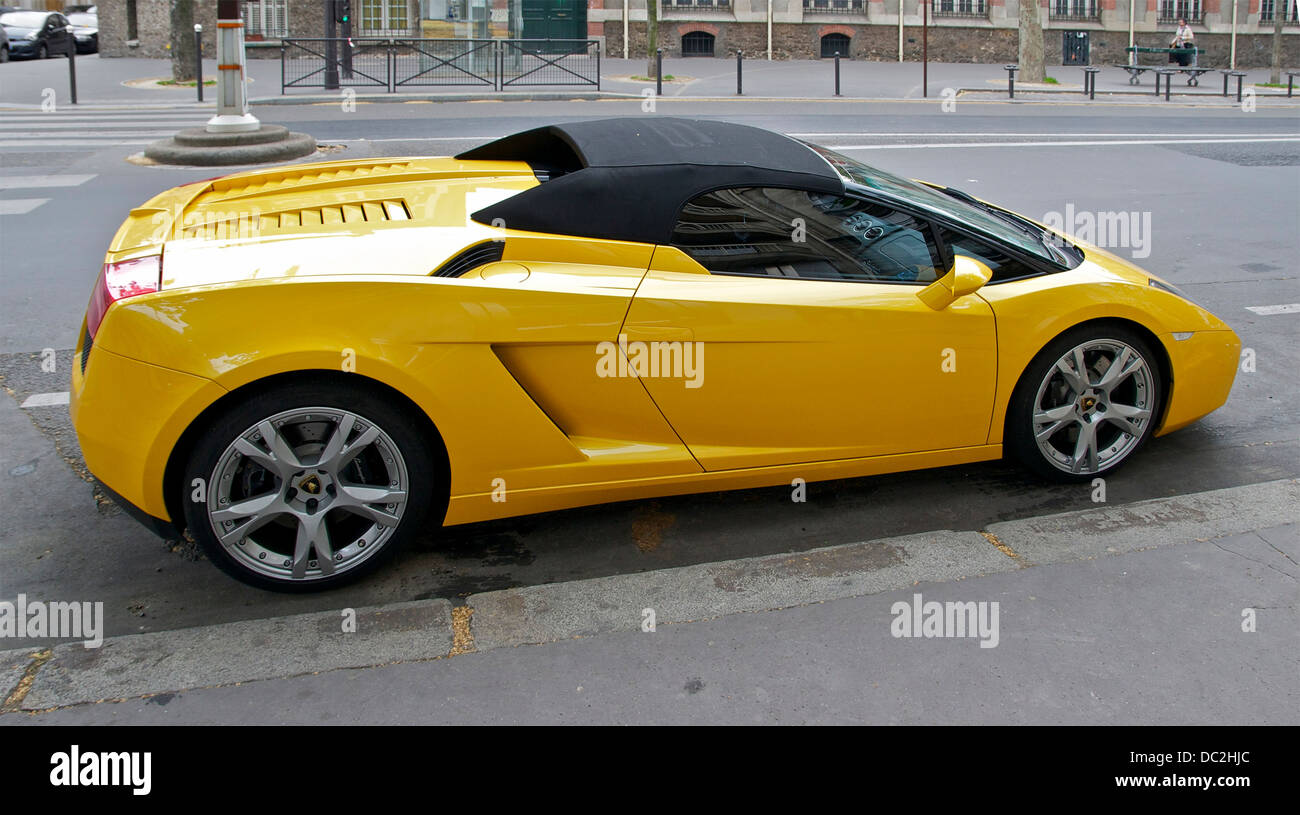 Yellow Lamborghini Gallardo Spyder Paris Stock Photo 59064724 Alamy
