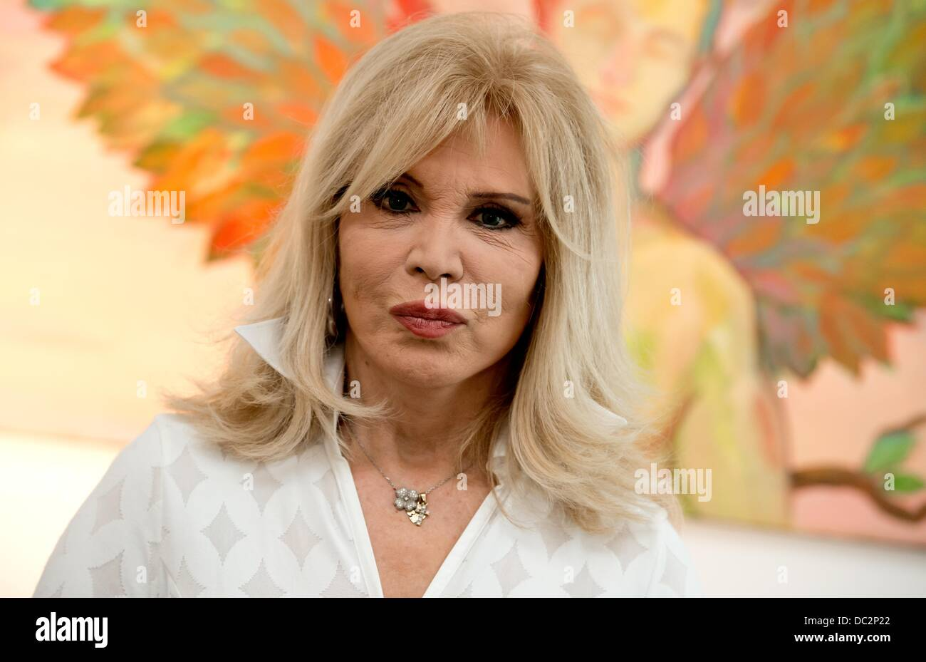Amanda Lear Painting High Resolution Stock Photography And Images Alamy
