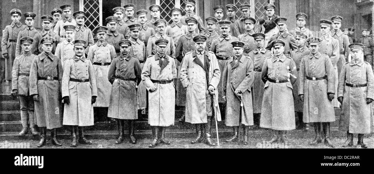 Assembly of the Surpreme Army Command (OHL) at Schloss Wilhelmshöhe in Kassel, Germany, in November 1918. The - Stock Image