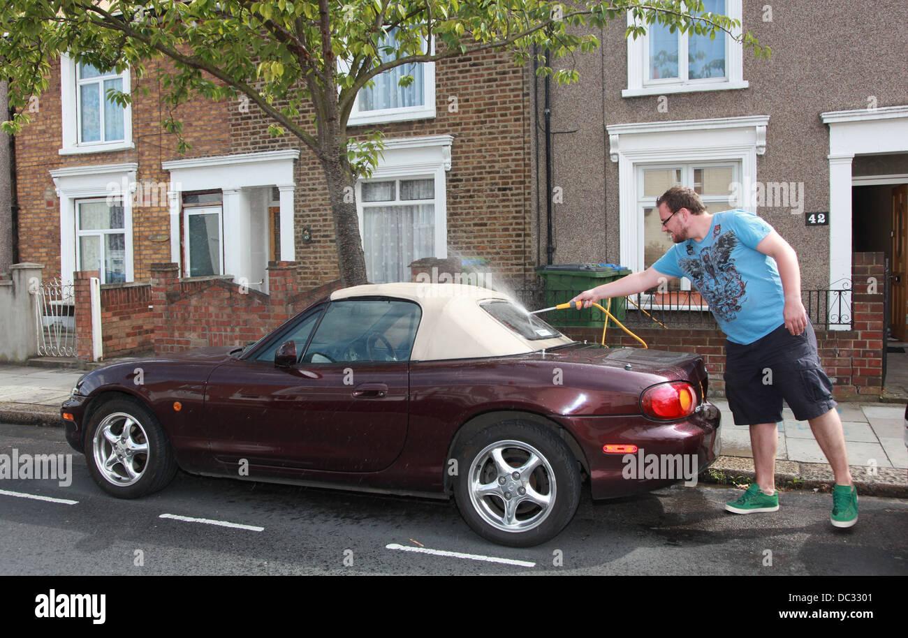 Rainbow Car Wash Glasgow