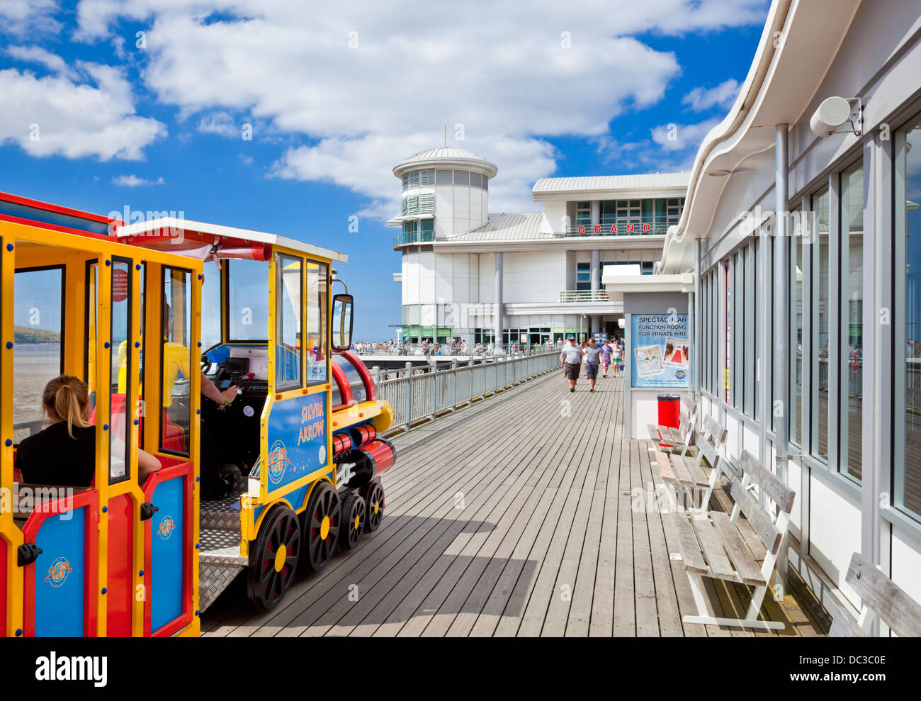 Weston Super Mare Grand Pier and tourist train Weston-Super-Mare Somerset England UK GB EU Europe - Stock Image