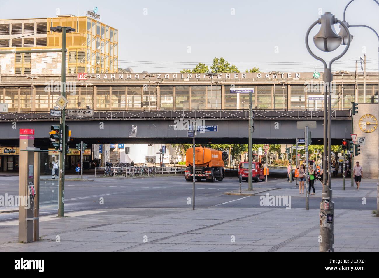 Bahnhof Zoologischer garten - Berlin Germany Stock Photo