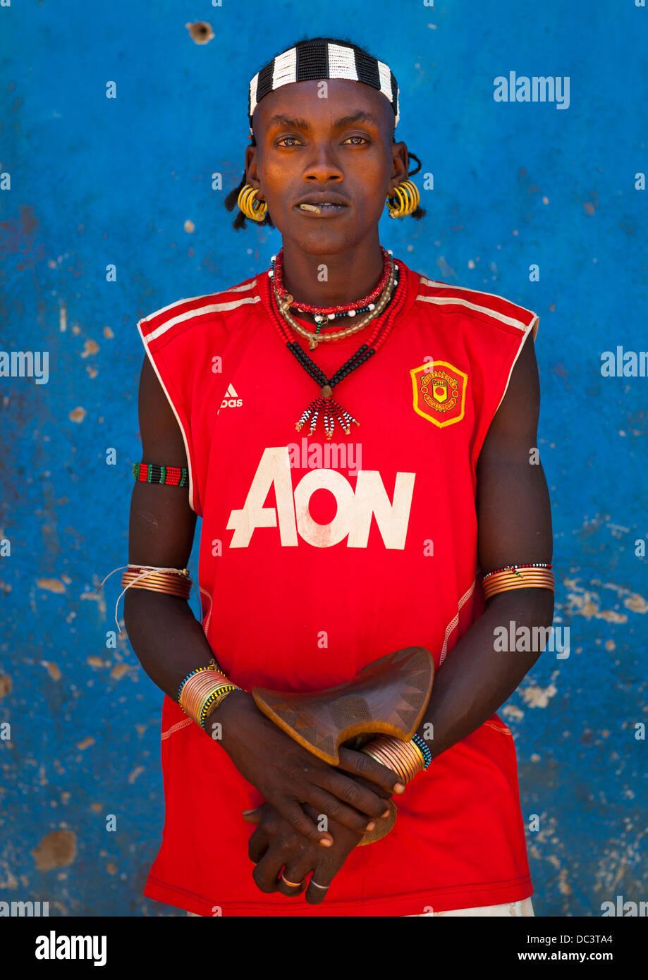 Hamer Tribe Man With A Manchester United Football Shirt Turmi Omo Stock Photo Alamy