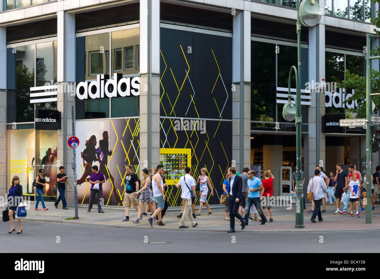 offer discounts pretty nice best selling Adidas Berlin Stock Photos & Adidas Berlin Stock Images - Alamy