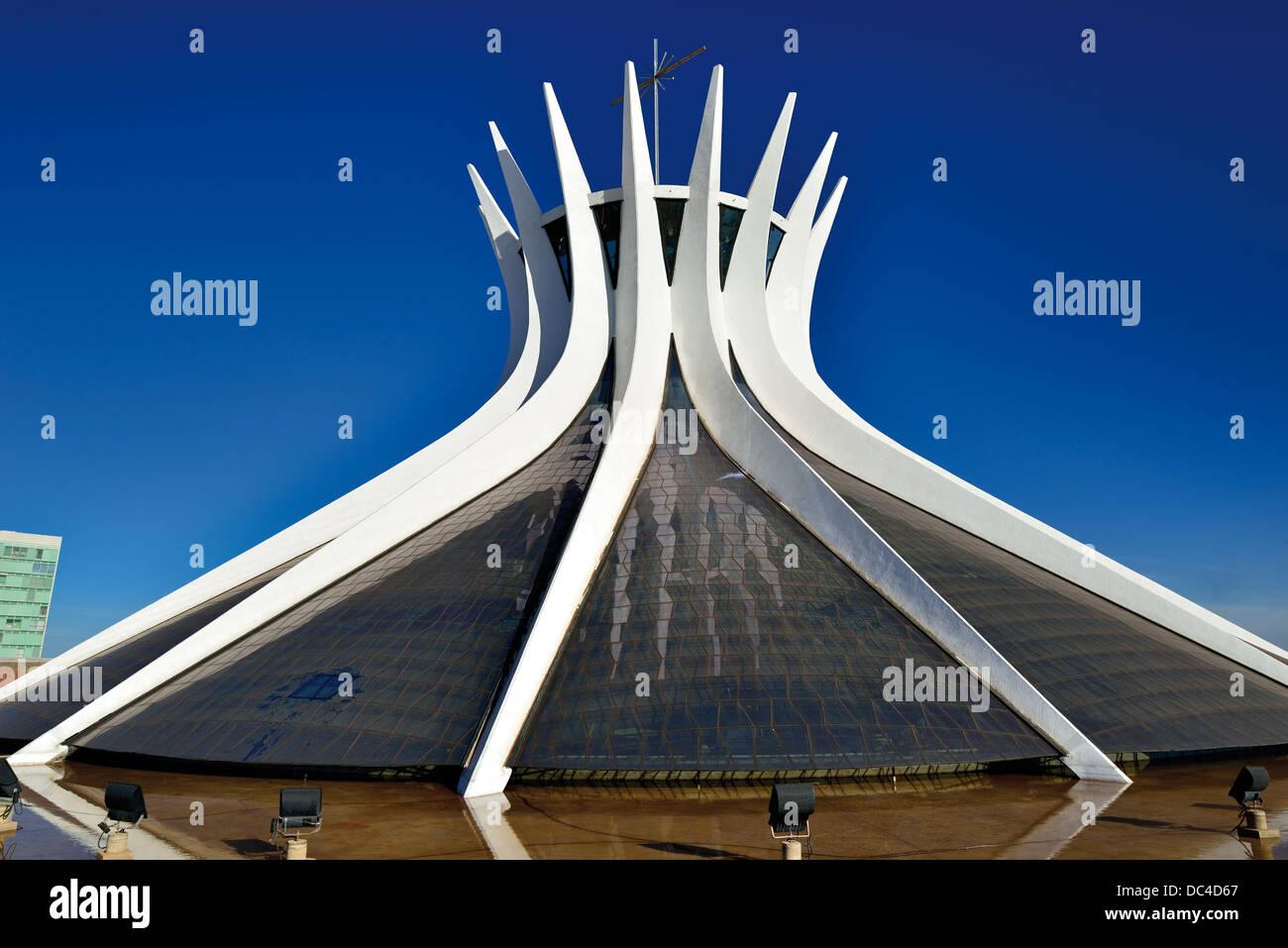 Brazil, Brasilia: Outside view of the cathedral 'Catedral Metropolitana da Nossa Senhora da Aparecida' of - Stock Image