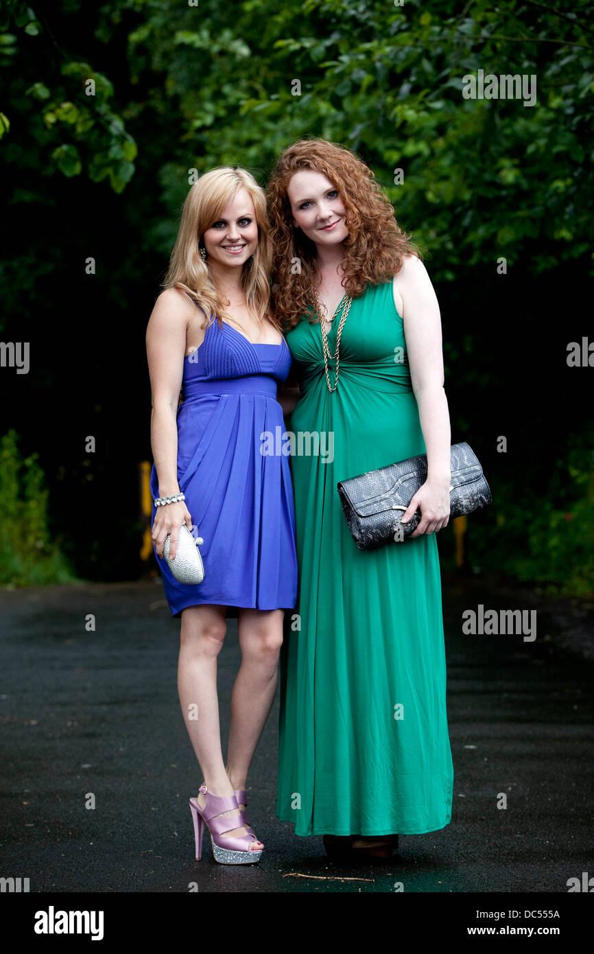 Jenny McAlpine (r) and Tina O'Brien (l) - Stock Image