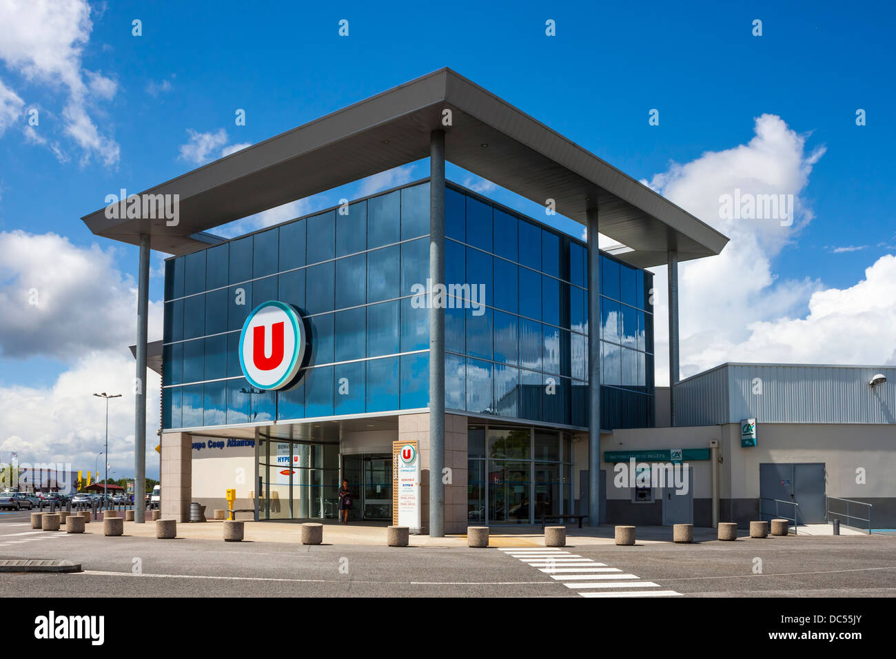 Hyper U, Saint-Junien, Limousin, France - Stock Image