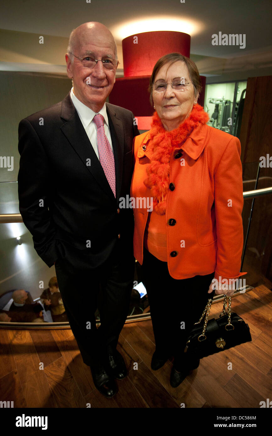 Sir Bobby Charlton and wife Norma - Stock Image