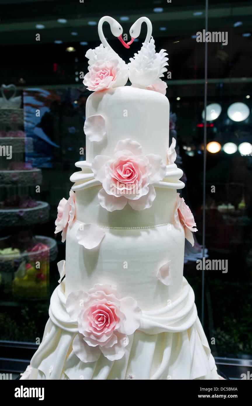 Wedding cake in Black Swan Luxury Cake shop in Beijing China Stock