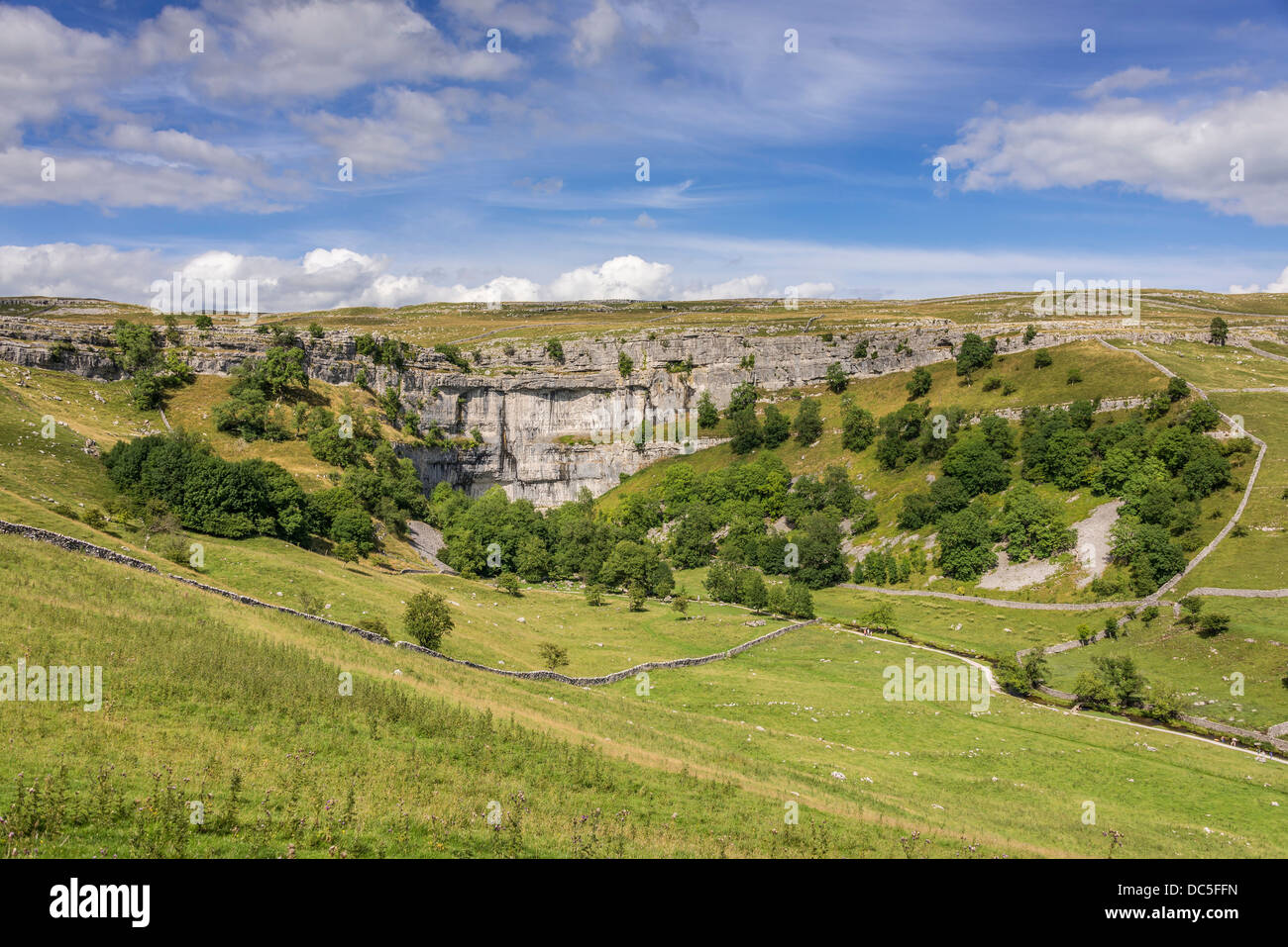 Malham Cove North Yorkshire. North West England. Yorkshire Dales National Park. YDNP. - Stock Image