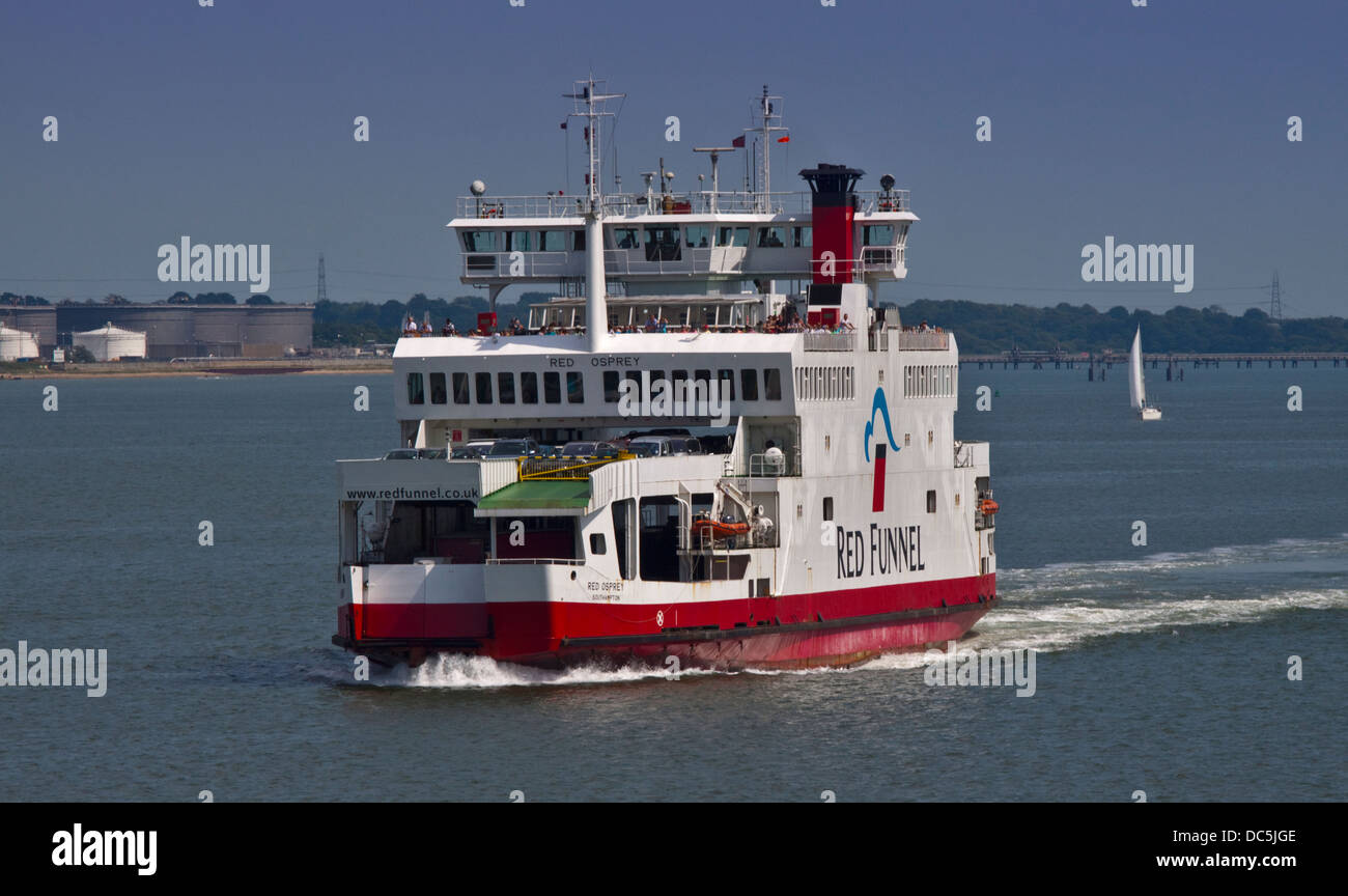 Red Funnel Red Osprey Vehicle and Passnger Ferry between Southampton and East Cowes, Isle of Wight, England - Stock Image