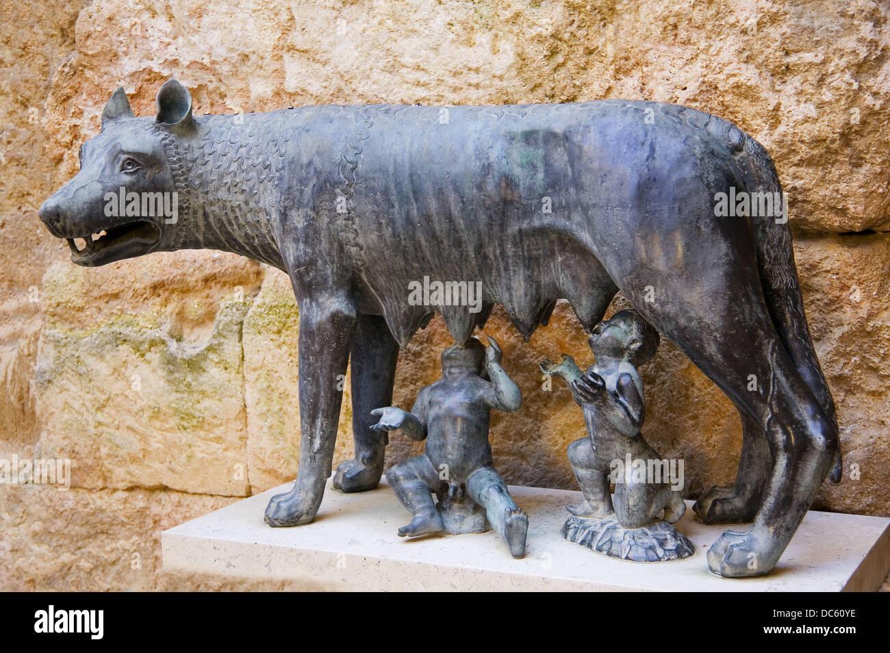 Spain-Tarragona-   statue of Romulus and Remus, at the roman Forum, at Tarragona. - Stock Image