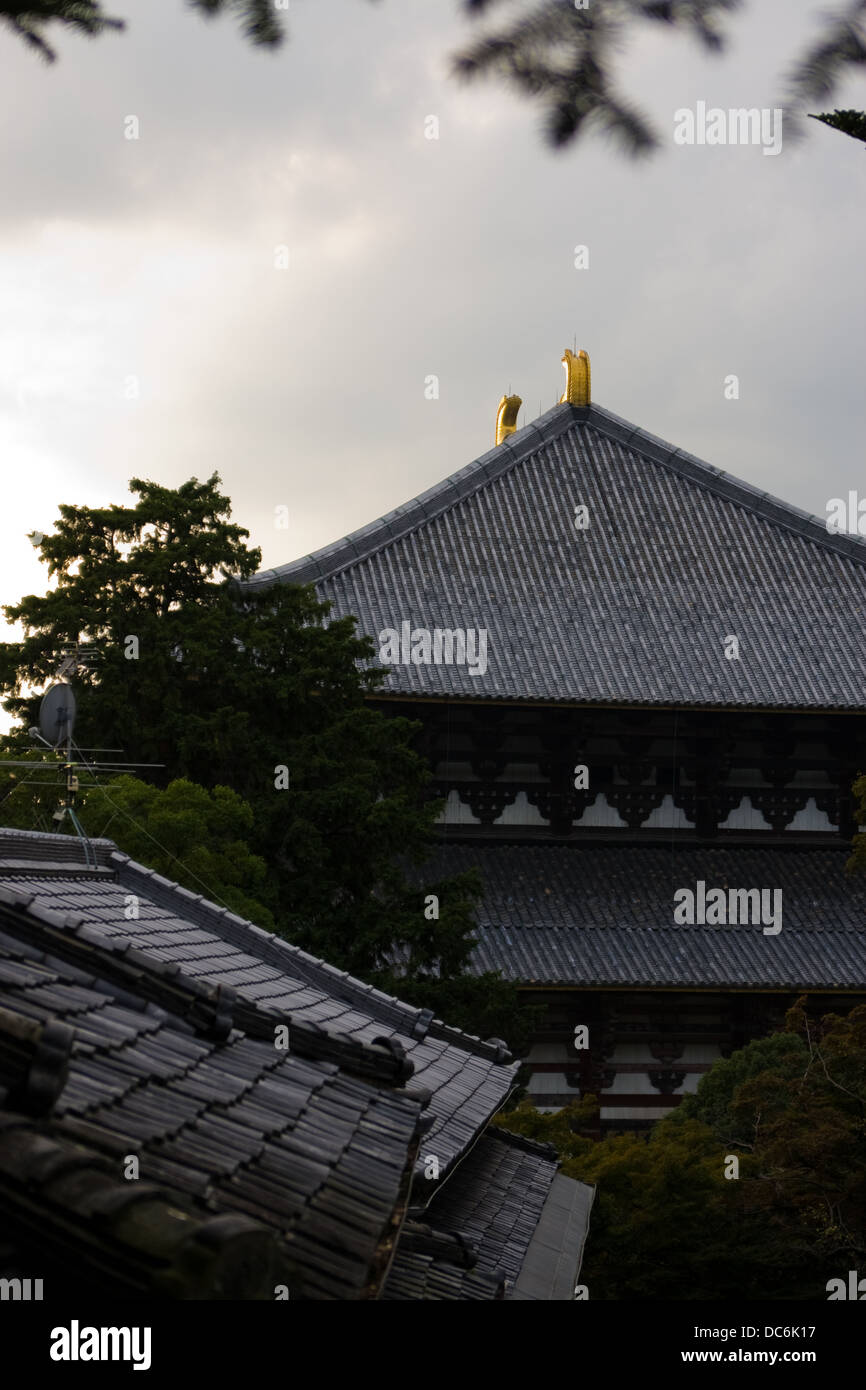 A side view of the Todai-ji temple in Nara, Japan - Stock Image