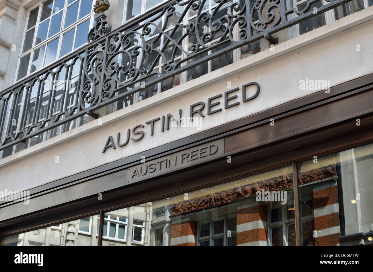 Austin Reed Men S Fashion Store In Regent Street London Uk Stock Photo Alamy