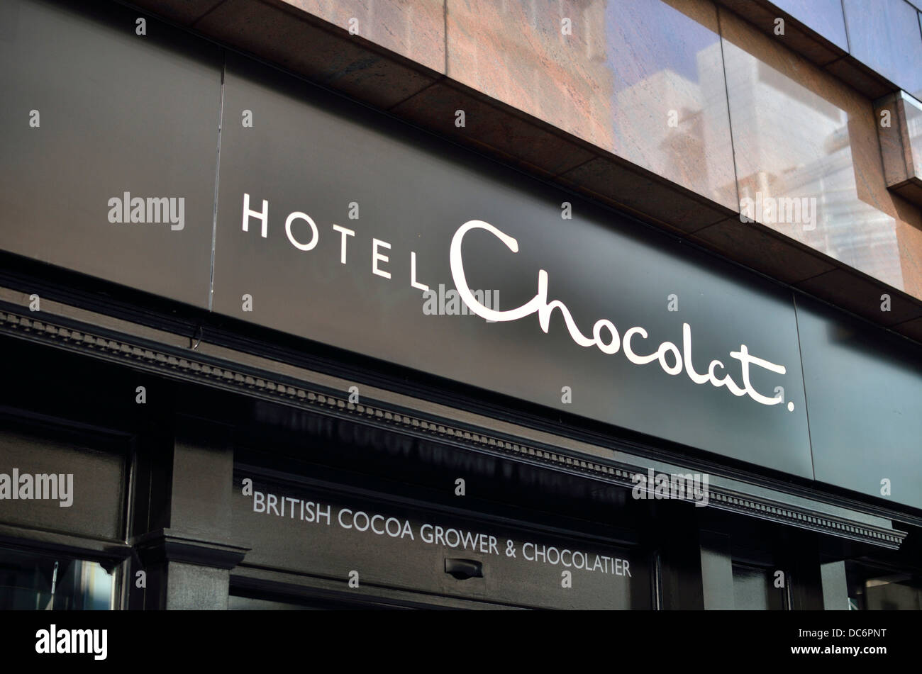 Hotel Chocolat chocolate store in Moorgate, London, UK. - Stock Image