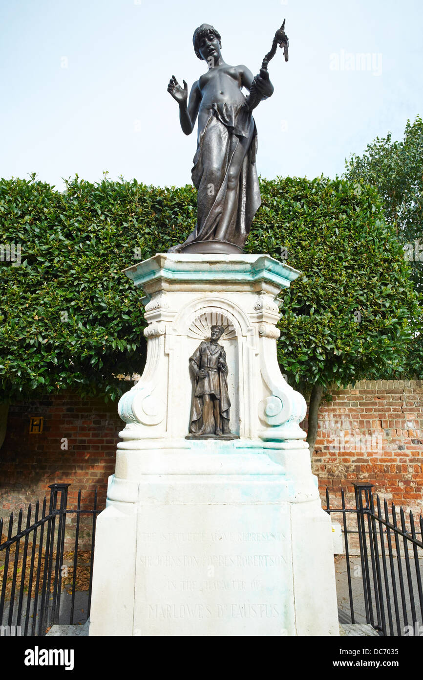 Statue representing Sir Johnston Forbes Robertson in the character Marlowe's Dr Faustus The Friars Canterbury - Stock Image
