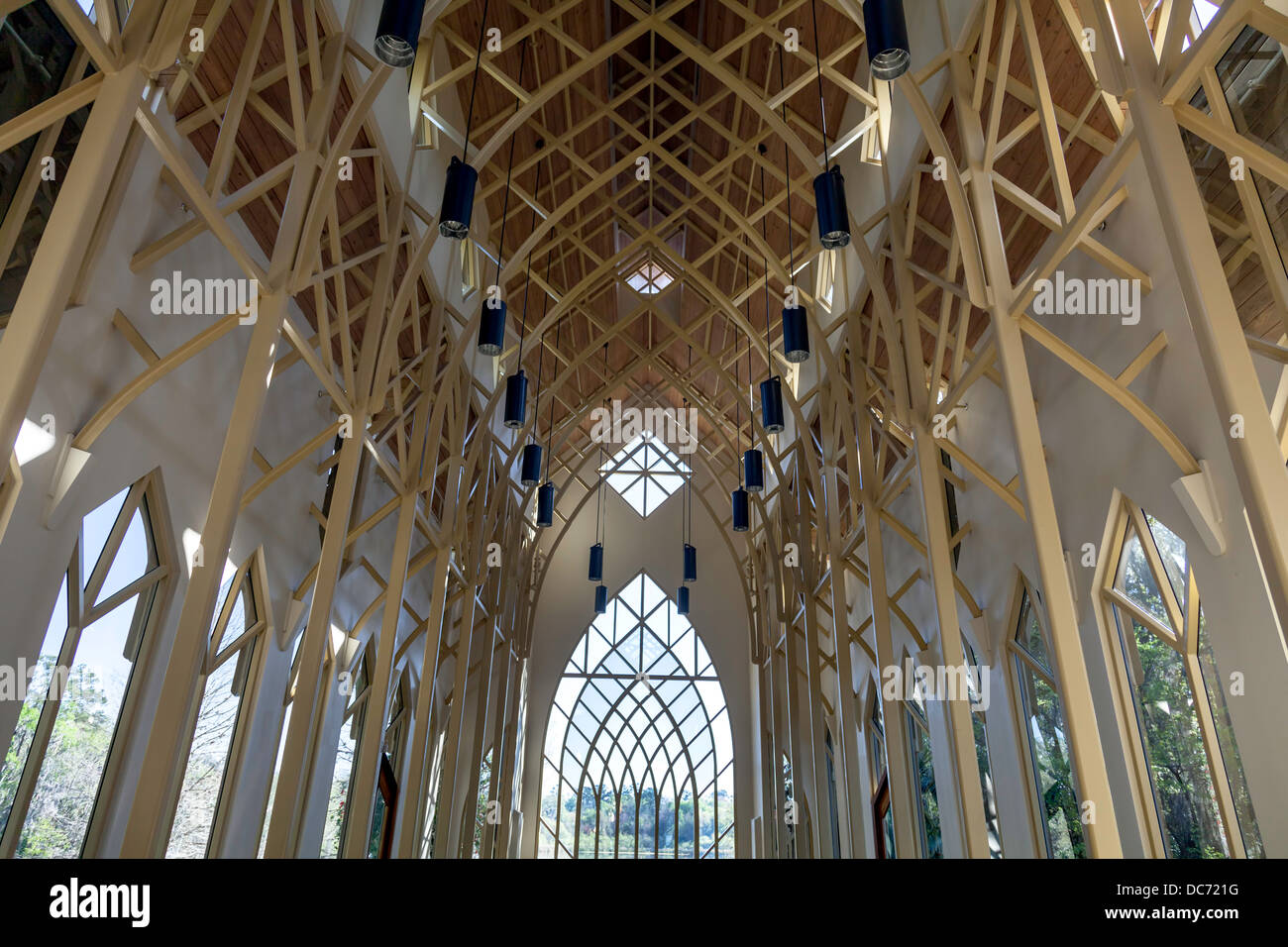 Arched window tubular trusses UF University of Florida Baughman Center Chapel Pavilion at Lake Alice designed by - Stock Image