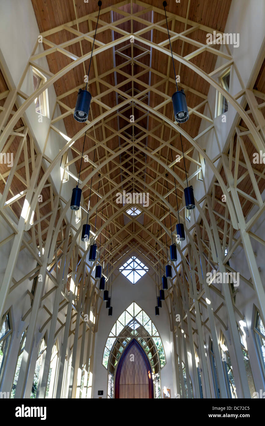 Interior tubular trusses UF University of Florida Baughman Center Chapel Pavilion at Lake Alice designed by John - Stock Image