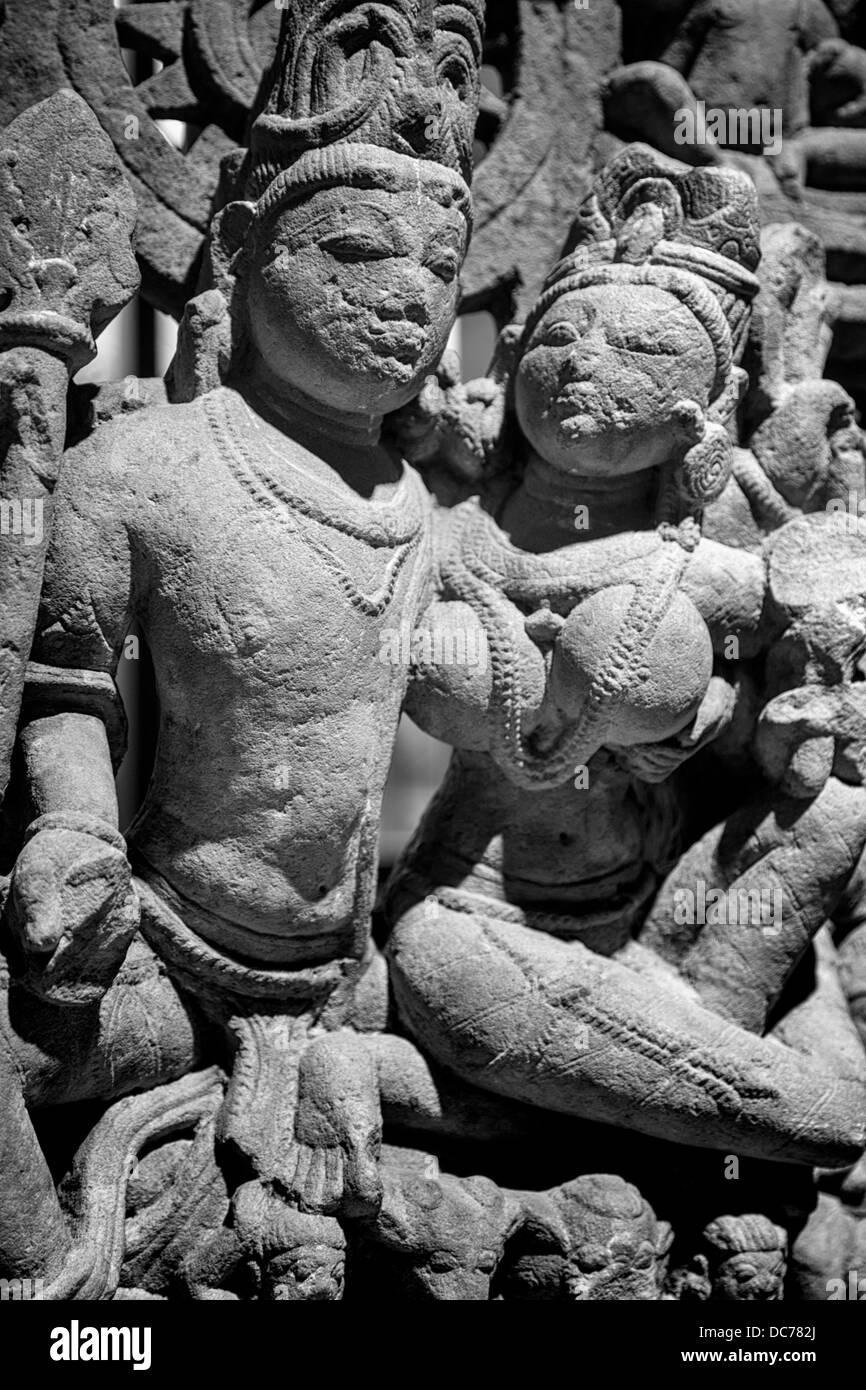 Indian sandstone sculpture of Uma-Mahesvara, the Hindu god Shiva and consort Uma (10th century). - Stock Image