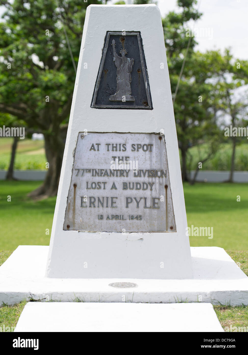 Ernie Pyle Monument, to US war correspondent killed on Ie Island Okinawa 18/4/1945 - Stock Image