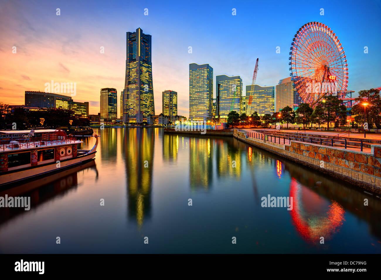 Yokohama, Japan skyline at Minato-mirai at sunset. - Stock Image
