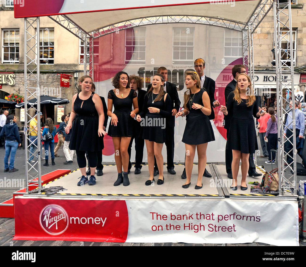 Fringe performers promoting Jazz a Cappella  show in The Royal Mile Edinburgh during the 2013 Edinburgh Festival - Stock Image