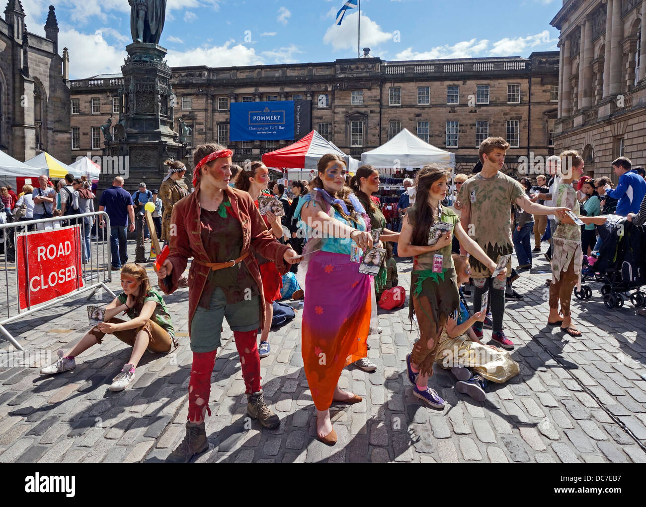 Flying High Theatre Company promoting Peter Pan show in The Royal Mile Edinburgh during the 2013 Edinburgh Festival - Stock Image