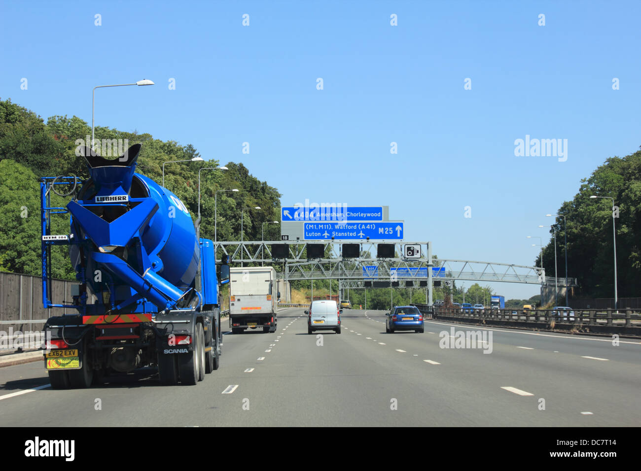 The M25 motorway orbital road around London - Stock Image