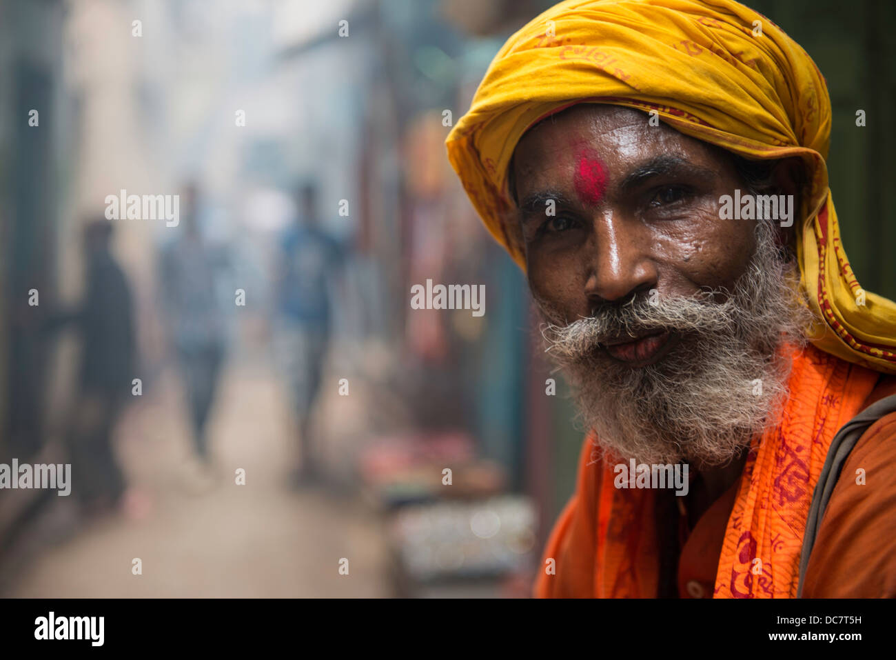 Sadhu, Holy Man off Kachaudi Gali, Varanasi, Uttar Pradesh, India - Stock Image