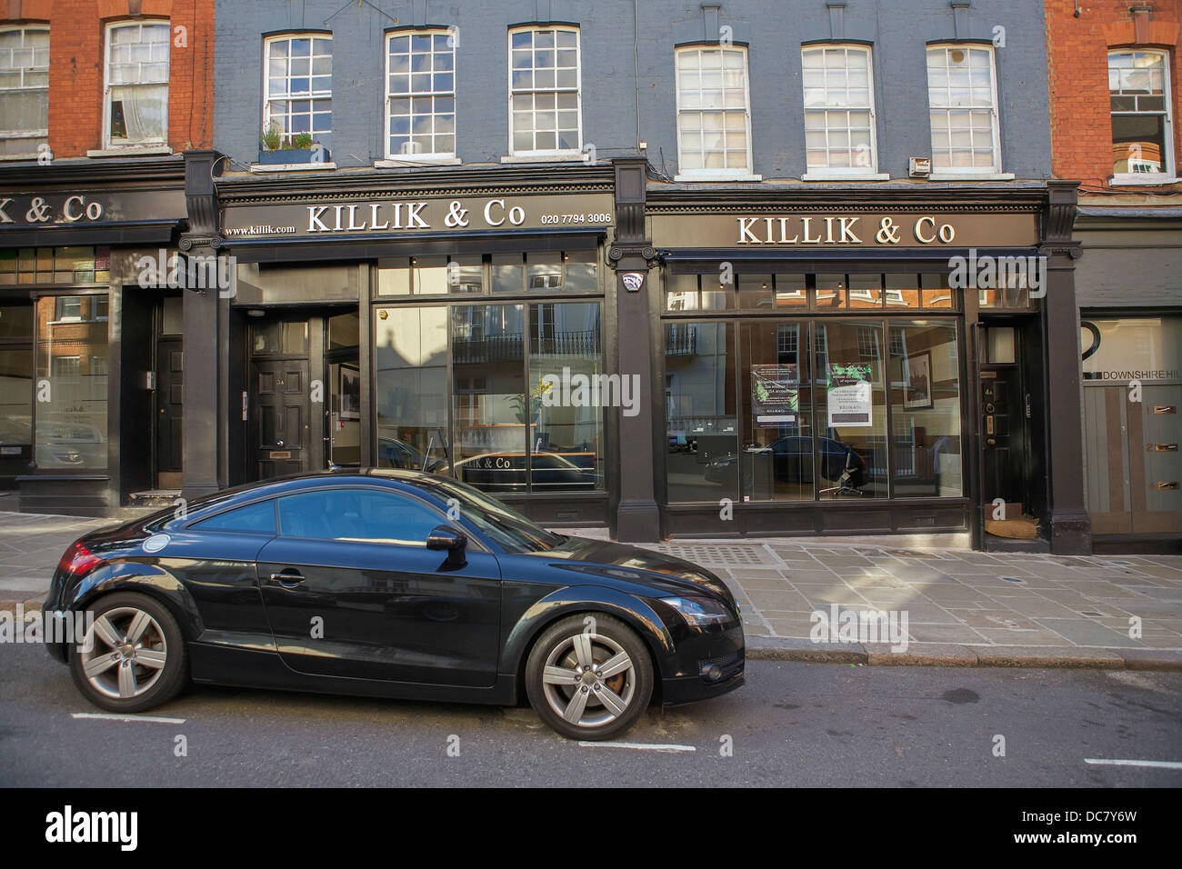 The Stockbrokers Kiillik & Co shop front in north London. - Stock Image