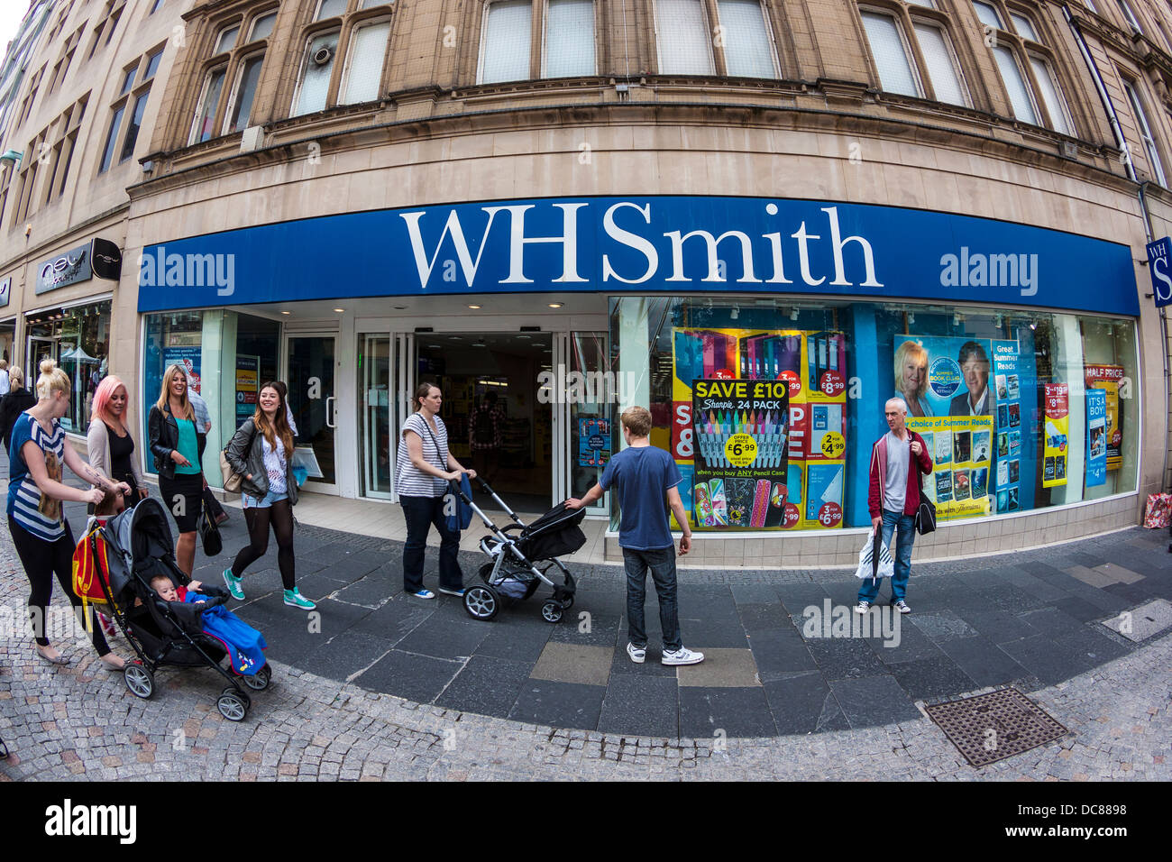 WH Smith - Stock Image
