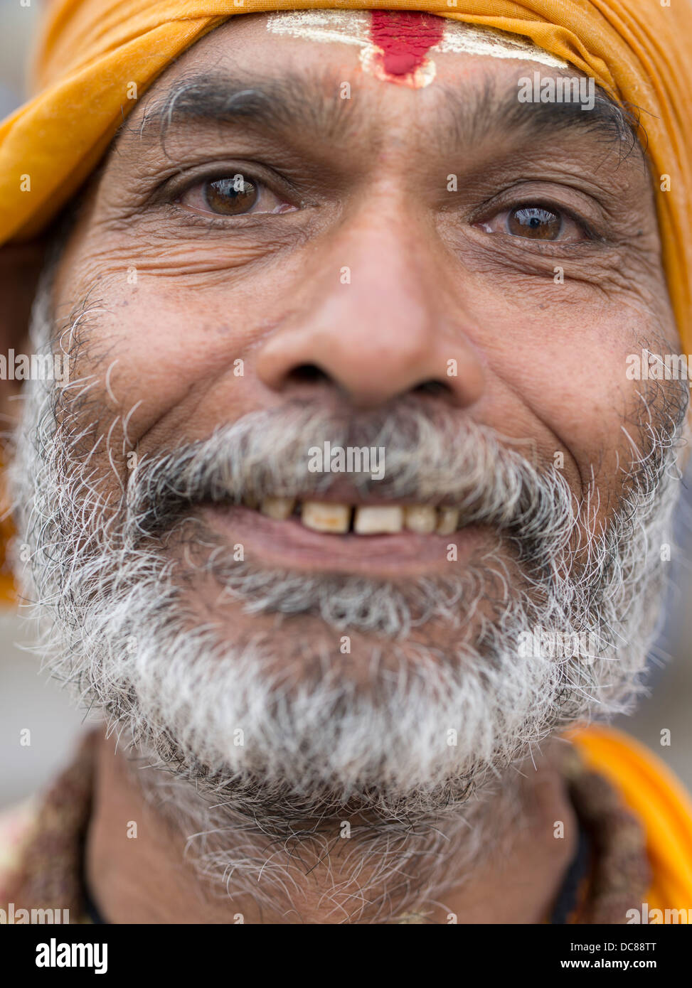 Sadhu holy man on the banks of the Ganges River - Varanasi, India - Stock Image