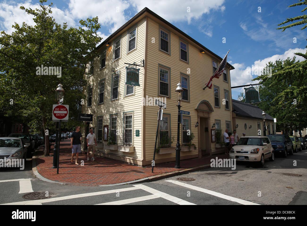 Colonial era Warren Tavern, Charlestown neighborhood of Boston, Massachusetts - Stock Image