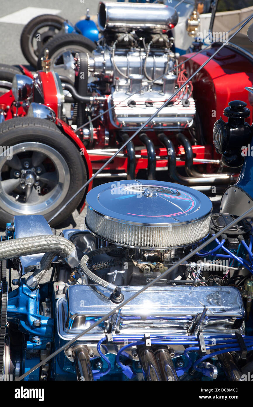 row of hotrods focused on their engines DC8MCD hot rod car engine stock photos & hot rod car engine stock images