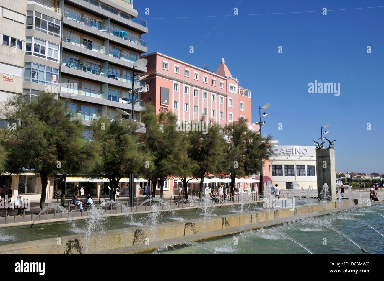Póvoa de Varzim, Portugal: Passeio Alegre, Grande Hotel and Casino - Stock Image