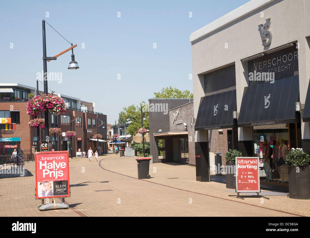 Almost deserted shopping street hot weather Sliedrecht Netherlands - Stock Image