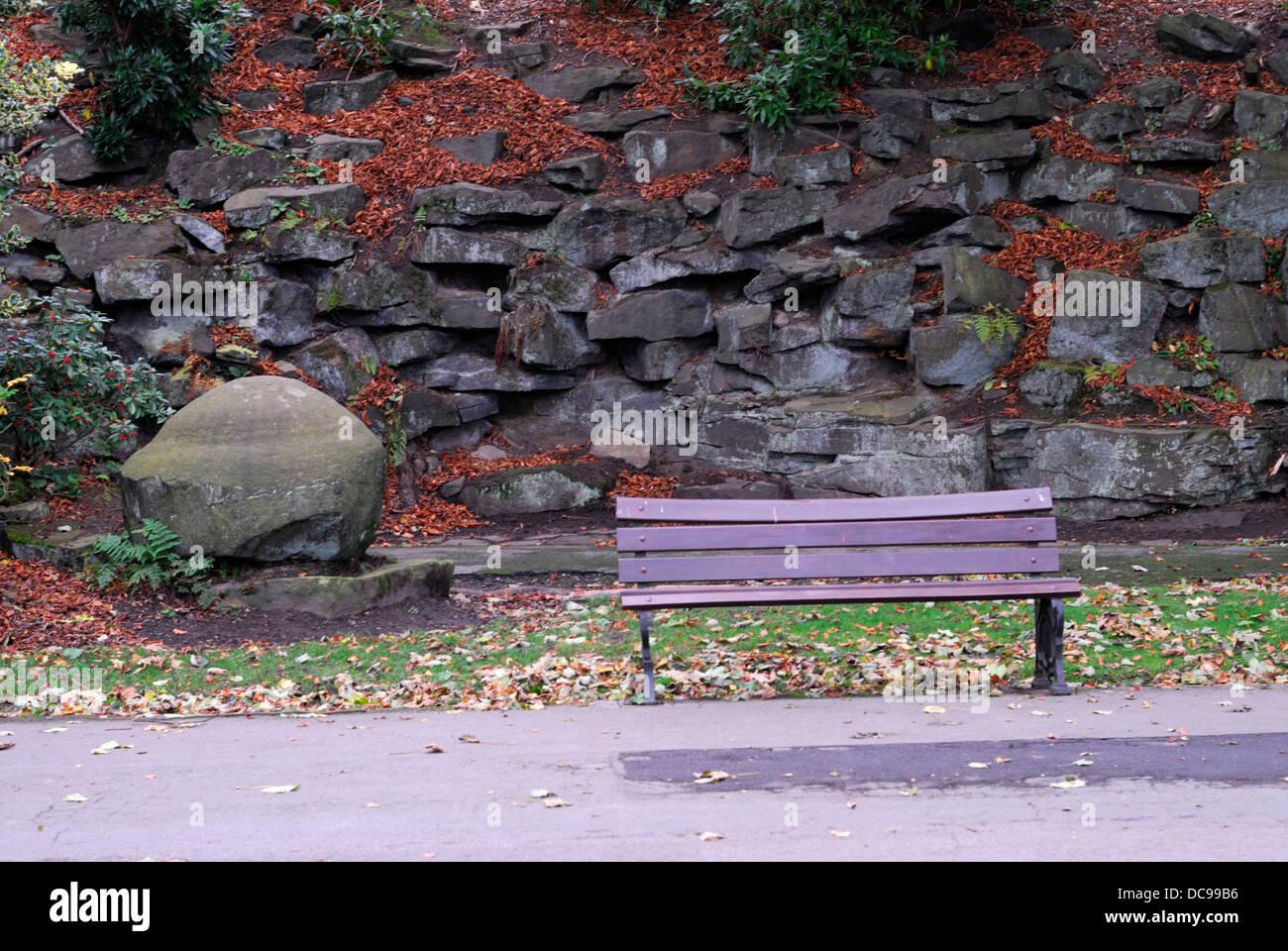 Greenhead Park garden bench Huddersfield - Stock Image