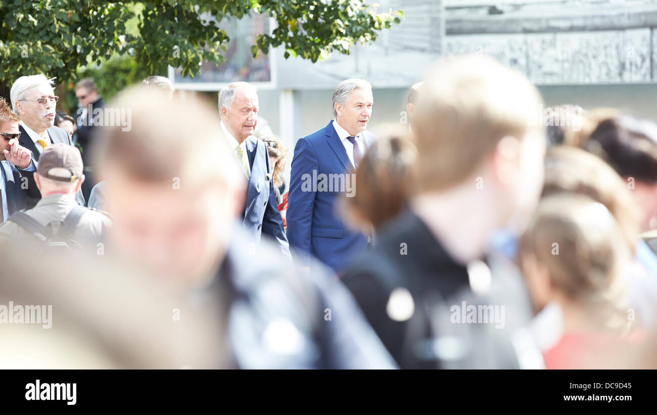 Berlin, Germany. 13th August, 2013. On the occasion of the commemoration of the 52nd Anniversary of the Berlin Wall, Stock Photo