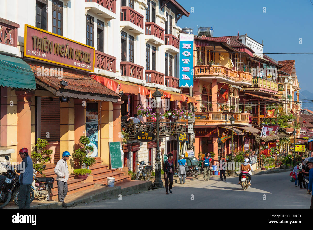 Building architecture in the market town of Sapa, Vietnam, Asia. - Stock Image
