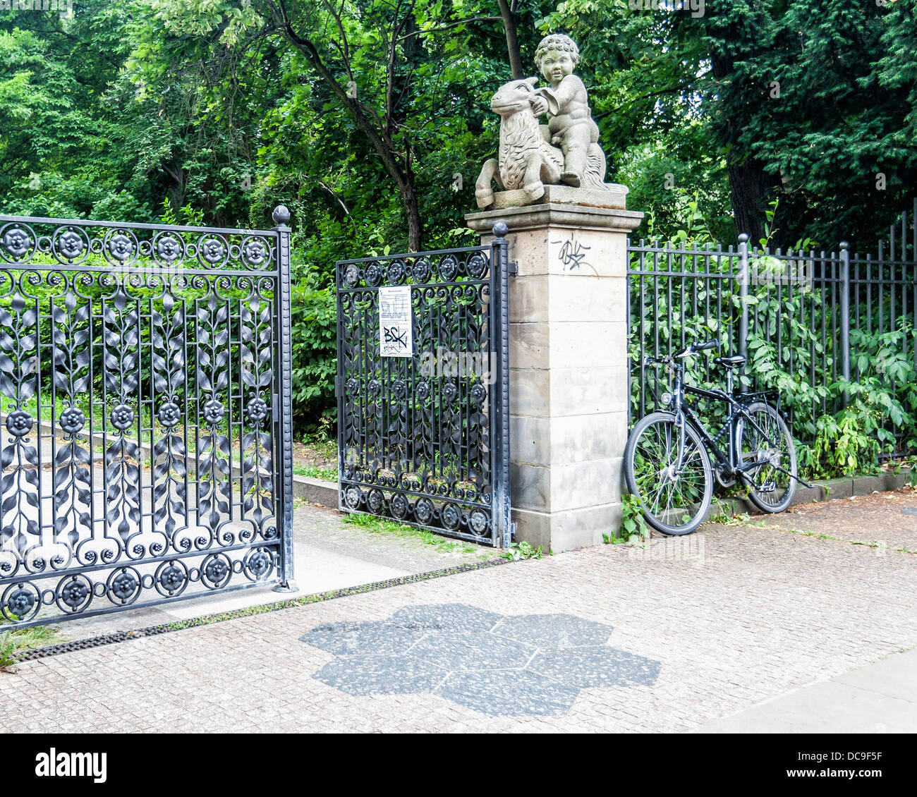 Gates of the Volkspark Friedrichshain which houses the Märchenbrunnen  - a fountain of fairy tales - Berlin - Stock Image