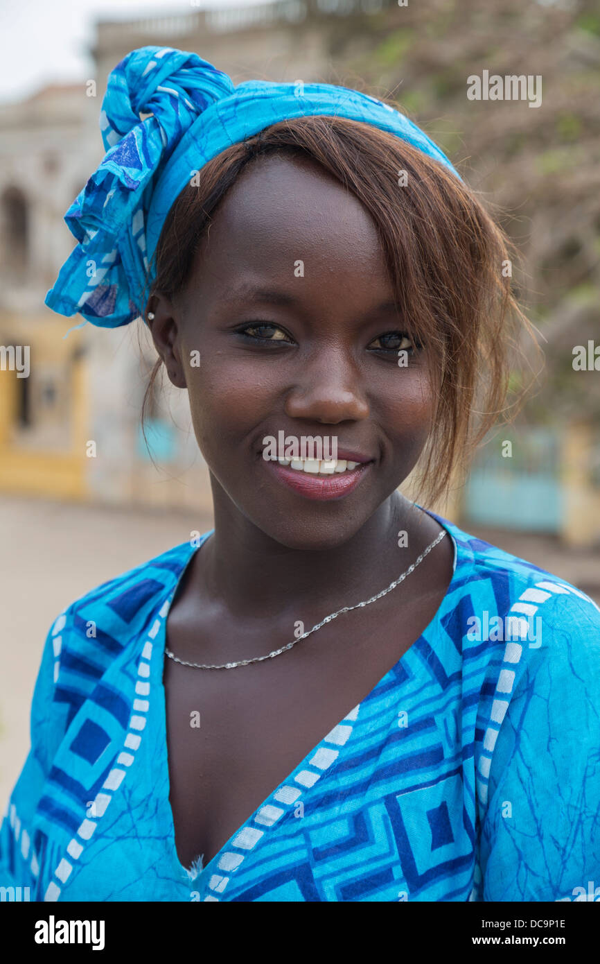 Senegalese Dancer, Opening Ceremony for Goree Arts Festival, the 'Regard sur Cours' Biannual Celebration. - Stock Image